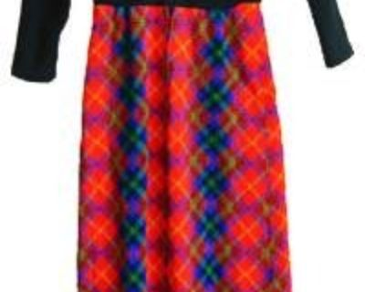 Vintage Clothing for Men & Women @ Thrifted Prices