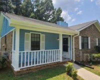 8460 Pineland Dr, Jonesboro, GA 30238 2 Bedroom House
