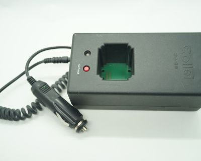 Rolleiflex 6000/SLX accessories (chargers, remote release, external battery)
