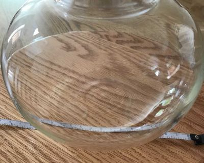Candle or fish bowl-glass