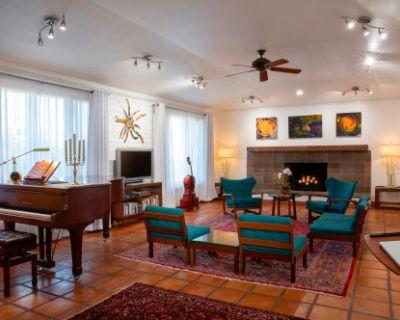 Phoenix Mountain Preserve Home with Yamaha 6'1 C3 Piano, Phoenix, AZ