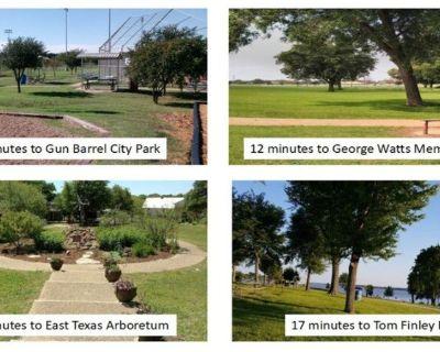 An awesome property near Cedar Creek Lake