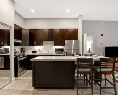 Furnished Term Family Rental Apartment - 2 Bedroom, 2 Bathroom (2 Twin, 1 Queen) - Kanata