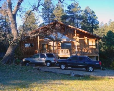 Retreat at Saviour Trail, New Mexico for your Reunion or Family get away - Cloudcroft