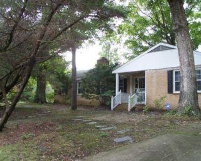 901 Catalina Dr #1, Newport News, VA 23608 3 Bedroom Apartment