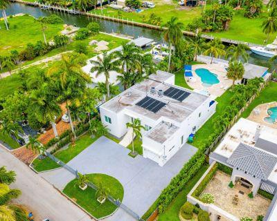 EXCLUSIVE PRIVATE RETREAT IN MIAMI !!!! - Northeast Miami