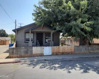 316 S Veach Ave, Manteca, CA 95337 2 Bedroom House