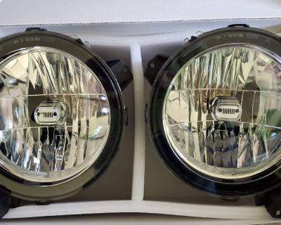 Connecticut - JL stock halogen headlights - free