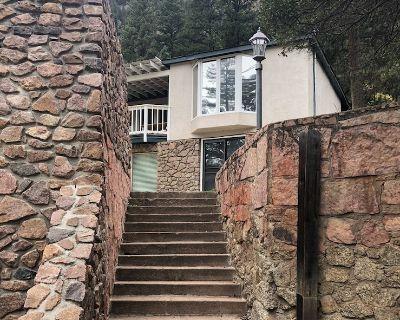 Lazy Bear Lookout: Spacious Modern Mountain Retreat - Cascade