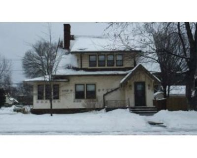 3 Bed 1 Bath Foreclosure Property in Hibbing, MN 55746 - E Howard St