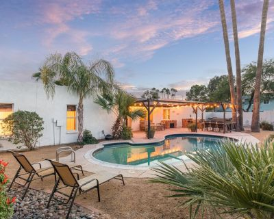 Voltaire-Charming home near Kierland Commons! Private heated pool & spa with Desert like backyard! - Raskin Estates