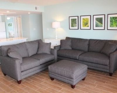 Firethorn 321 - 2 Bedroom Condo with Private Beach with lounge chairs & umbrella provided, 2 Poo... - Siesta Key