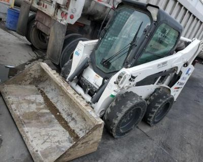 2016 Bobcat S530 Cabbed Wheeled Skid Steer ** HEATER/CLEAN