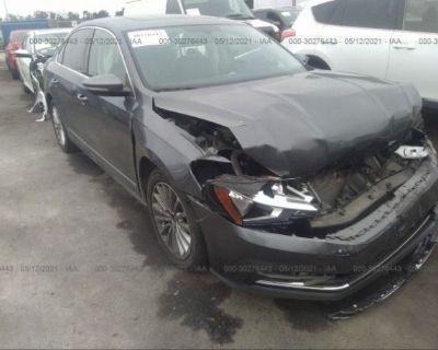 Salvage Gray 2016 Volkswagen Passat
