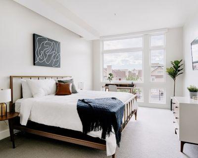 Classic Contemporary Lifestyle Loft | Espad n LoHi - Highland