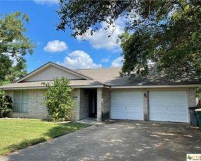 204 Lancaster St, Victoria, TX 77904 3 Bedroom House