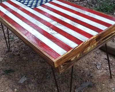 FS/FT American Flag Coffee table with storage
