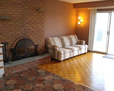 353 Apache Trail North York, ON M2H 2W6 1 Bedroom Apartment Rental
