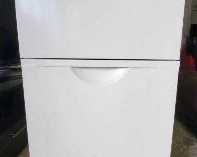 White 3-Drawer File Cabinet with 2 Sets Of Keys (Excellent Condition)