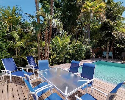 JASMINE PLACE - 1 blk to Duval - Private Pool - Parking! - Downtown Key West