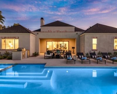 Stunning Contemporary in Prestigious PHX Corridor Close to Hiking and Dining - Alhambra