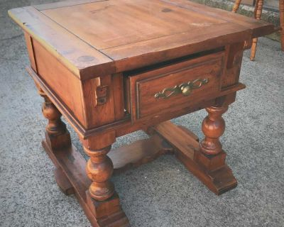 Sturdy End Table with Drawer.