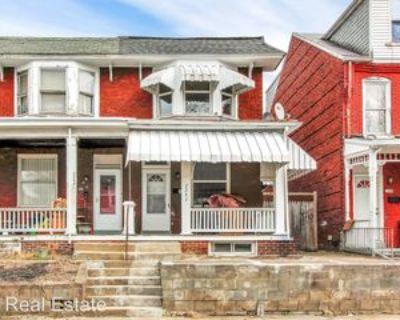 2247 Logan St, Harrisburg, PA 17110 3 Bedroom House