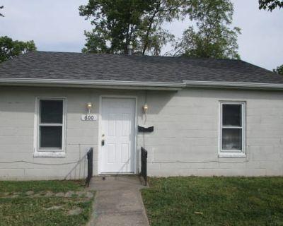 600 Oak Street