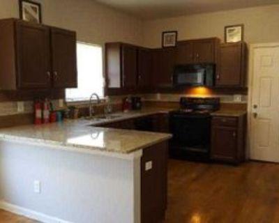 Room for Rent - a 4 minute walk to West Lake tran, Atlanta, GA 30314 1 Bedroom House