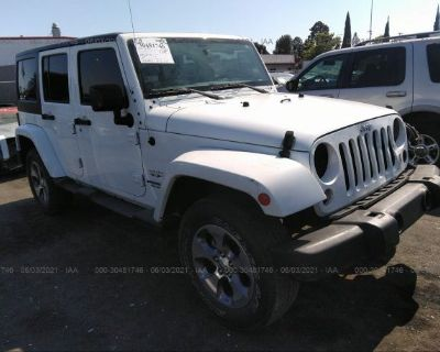 Salvage White 2017 Jeep Wrangler Unlimited