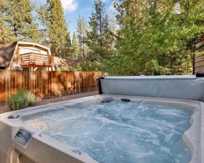 Summit Watch | Ultra Modern Resort Retreat | Private Hot Tub - Summit Estates
