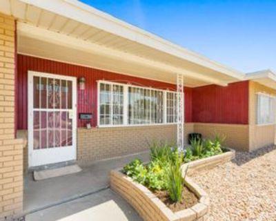 305 De Leon Dr, El Paso, TX 79912 3 Bedroom Apartment
