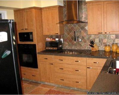 Kitchen Contractor, Boynton Beach, Fl. Cabinet refacing & remodeling, Custom built cabinets