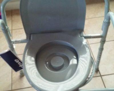Medical equipment toilet