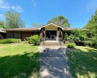 11508 Oak St, Kansas City, MO 64114 3 Bedroom House