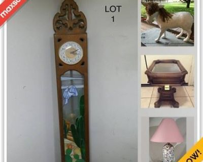 Palm Springs Estate Sale Online Auction - Rockwood Circle (CONDO)