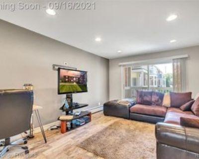 2445 Torquay Ave #110, Royal Oak, MI 48073 2 Bedroom Apartment