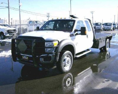 2014 Ford Super Duty F-450 DRW Chassis Cab