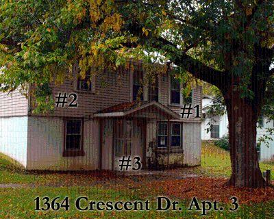 Apartment Rental - 1364 Crescent Dr Apt 3