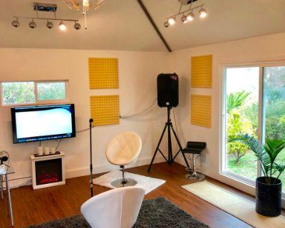 Modern Meeting/Event Room w/Great Lighting & Garden View, EL SOBRANTE, CA