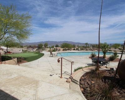 Private gated community with pool, spa and club house. 2,100 square 3 bed home - Havasu Lake