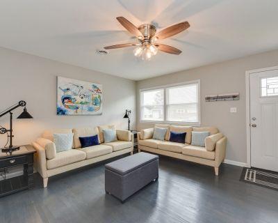 Central Hampton Home, Easy Access Everywhere! - Hampton