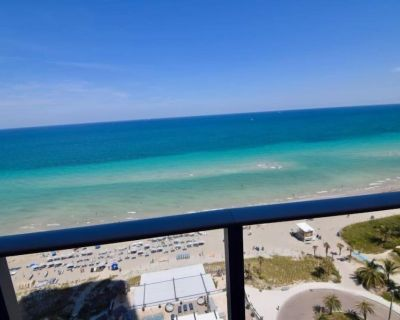 Beautiful Ocean Front 3 Bed 3 Bath @ Hyde Resort 1101 - Hollywood South Central Beach