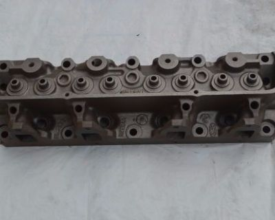 360 390 Ford Cylinder Head D2te-aa F100 F150 F250 Core