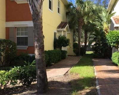 Cozy and comfortable 3 bedroom, 2,5 bath townhome - Fort Myers