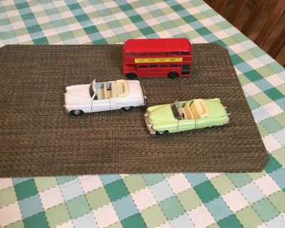 Tower Bus and Cars. Collectable