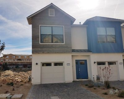 Ciarra Kennedy Lane Townhome - Northeast Reno