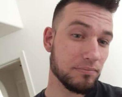 Aaron, 26 years, Male - Looking in: Gilbert AZ