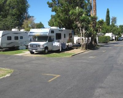Book One of Ideal Campgrounds for Camping Southern California at Reasonable Costs