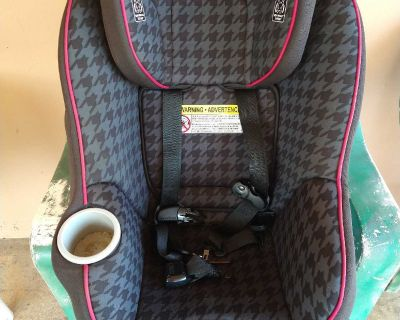 Graco Contender 65 Convertible Carseat